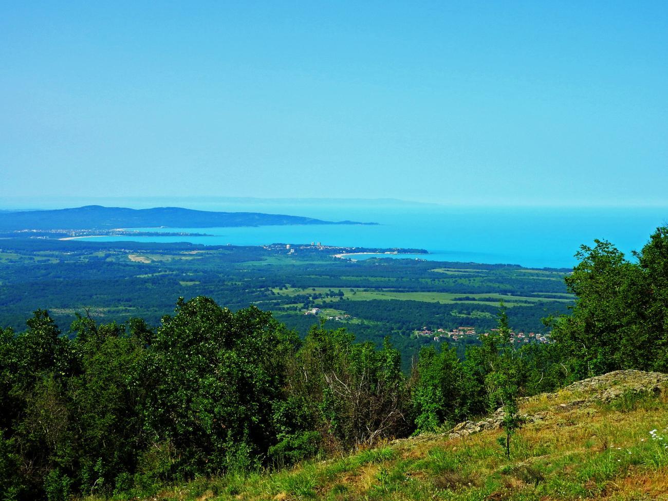 Царево - море, гори и върхове