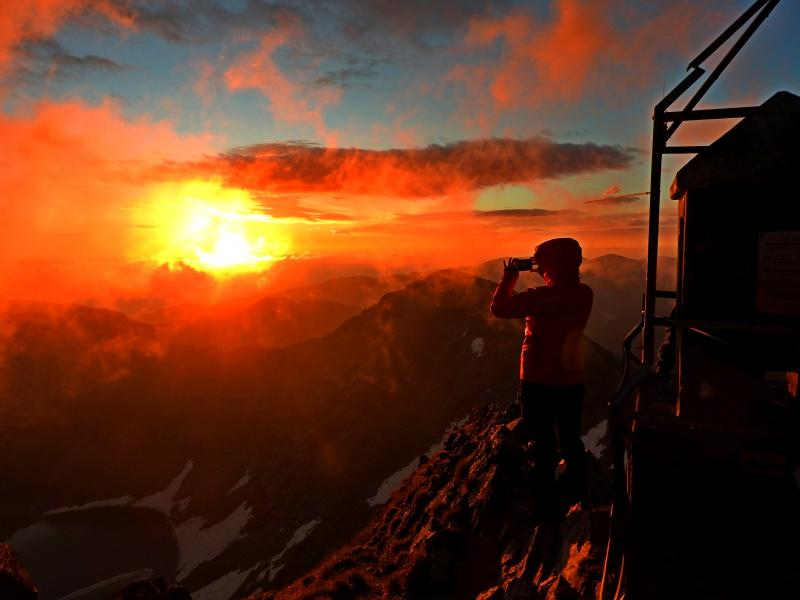 July morning - посрещане на изгрева от 0 и 2925 м